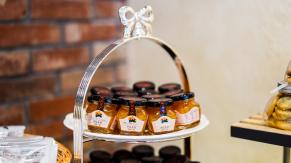 Разработка логотипа и фирменного стиля для производителя меда